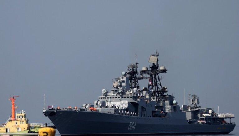 Foto: Krievijas karakuģi ieradušies 'labas gribas' vizītē Filipīnās
