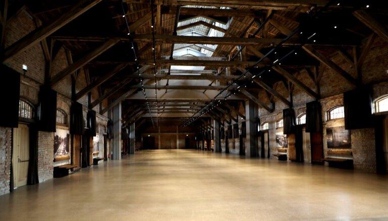 Foto: Darbu sāk 11 miljonus vērtā koncertzāle – kultūras telpa 'Hanzas perons'