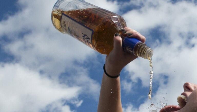 Производство алкогольных напитков в Латвии взлетело на 42%