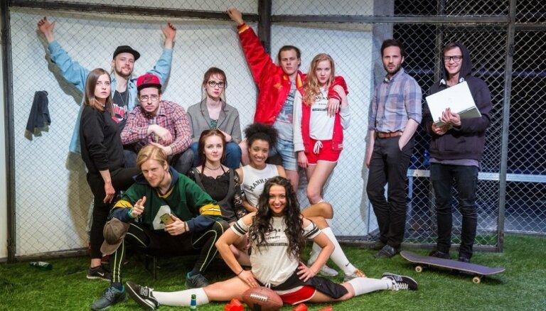 Ar izrādi 'Labie bērni' papildina Valmieras teātra oktobra repertuāru