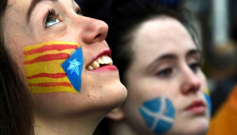 Skotijas nacionālisti mudina respektēt Katalonijas referendumu