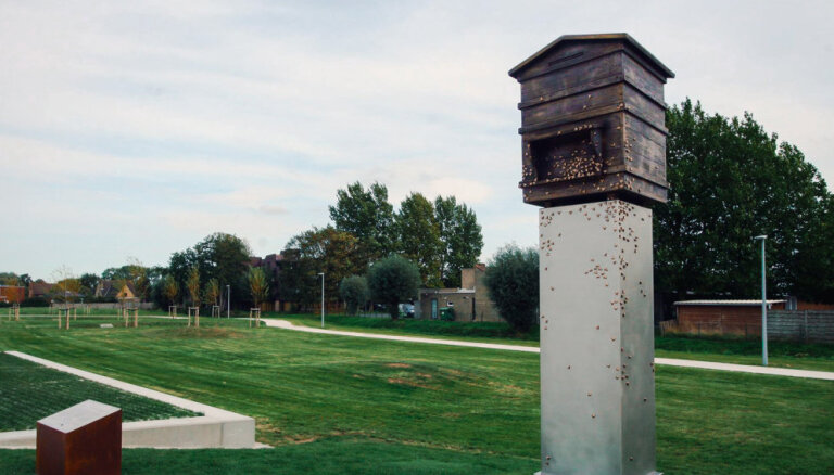 Kāpēc latviešu karagūstekņiem veltītais piemineklis Beļģijā pēkšņi nokļuvis nežēlastībā