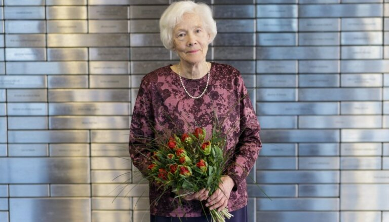 Izziņoti Latvijas Literatūras gada balvas nominanti; balva par mūža ieguldījumu – Līvijai Volkovai
