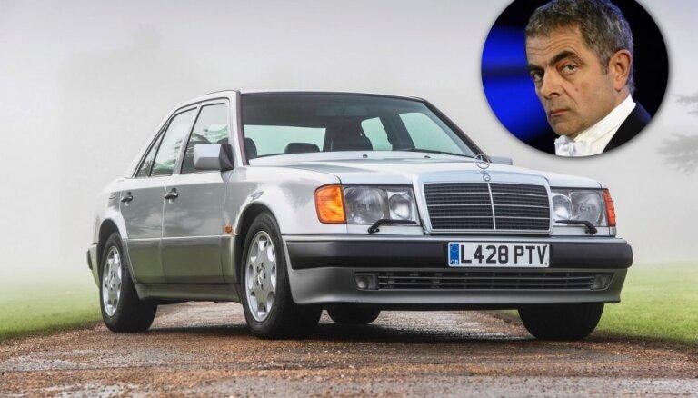 Foto: Izsolīs divus Rovana Atkinsona privātās kolekcijas auto