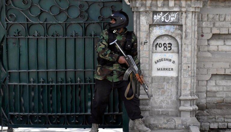 Пакистан: вооруженные сепаратисты напали на пятизвездочный отель
