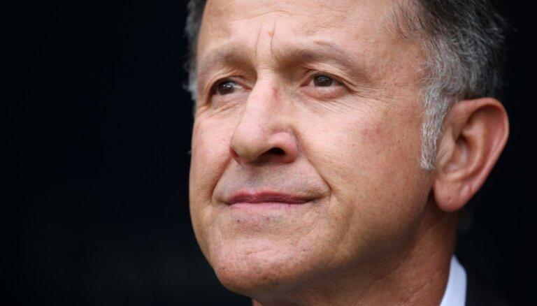 Meksikas futbola izlase neturpinās sadarbību ar galveno treneri Osorio