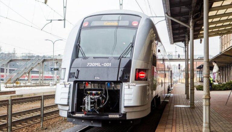 ФОТО: Как выглядят новые пассажирские поезда в Литве