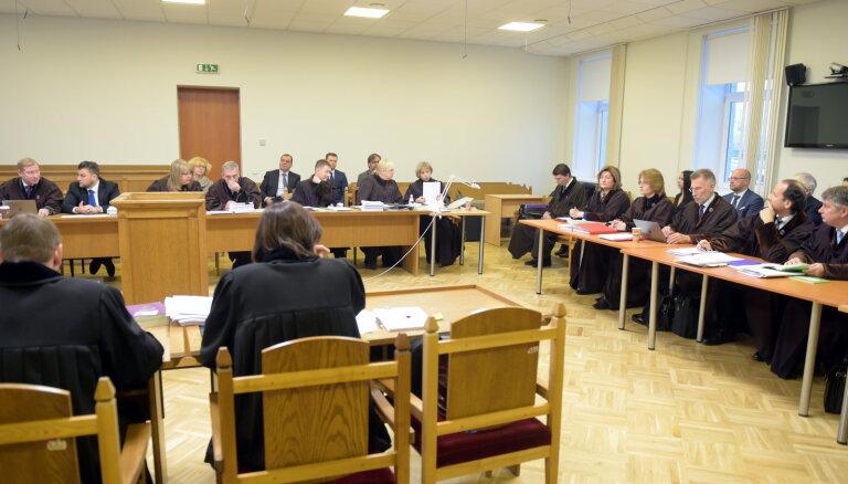 Tiesa noraida prokuroru Cinkmani 'Trasta komercbankas' krimināllietā (plkst.13.03)