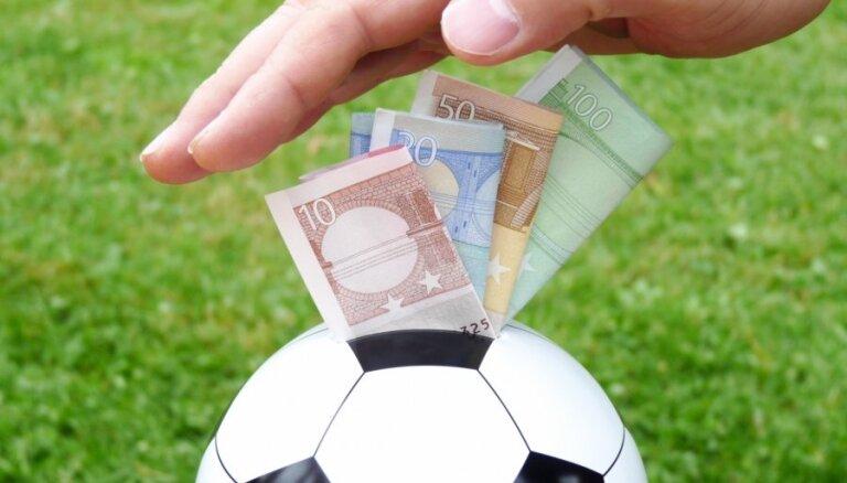 Francijas futbola klubi transfēros šovasar iztērējuši pusmiljardu eiro