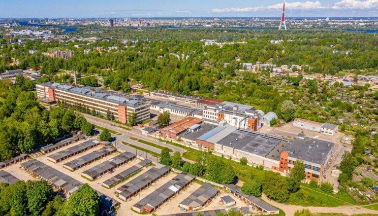 ФОТО: Земля и здания неплатежеспособного Dzintars продаются за 6,9 млн евро