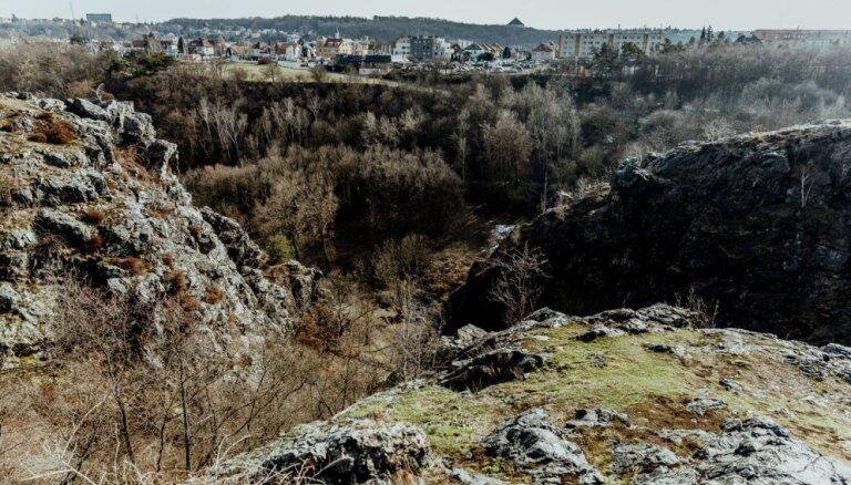 Skaista ieleja Prāgā, kur atpūsties no pilsētas burzmas
