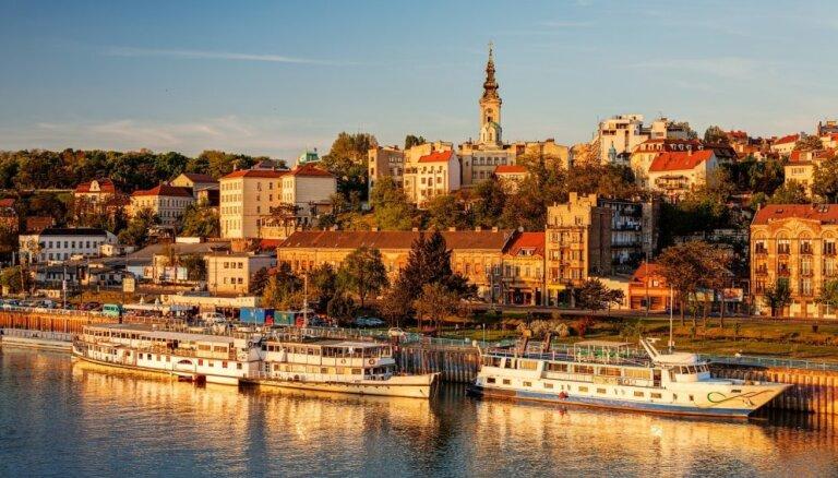 Сербия и Черногория объявили о взаимной высылке послов