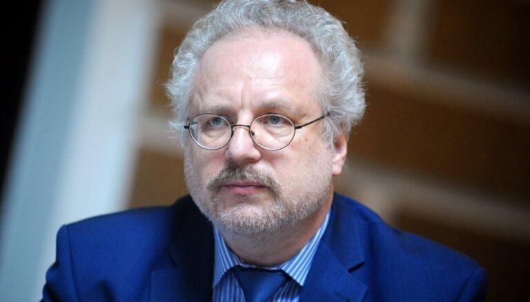 Кариньш: Левитс — очень подходящая кандидатура на пост нового президента Латвии