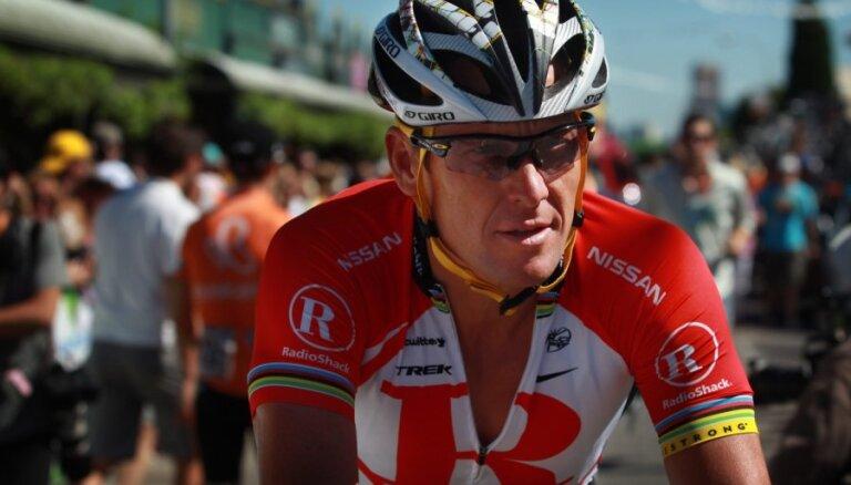 Ārmstrongam oficiāli atņemtas septiņas uzvaras 'Tour de France' kopvērtējumā