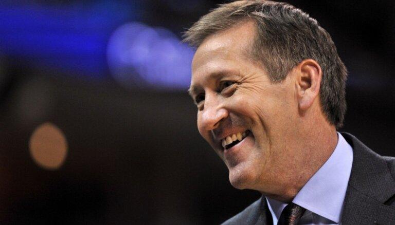 'Knicks' apstiprina Hornačeku galvenā trenera amatā