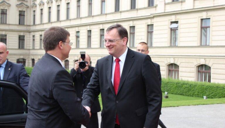 Премьер-министр Чехии подал на развод после 25 лет брака