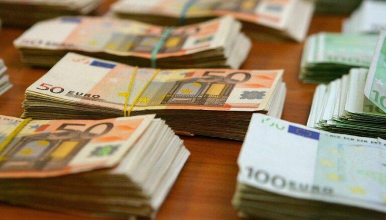 Nebanku kredītdevēju asociācija rosina izsniegt beztermiņa licences