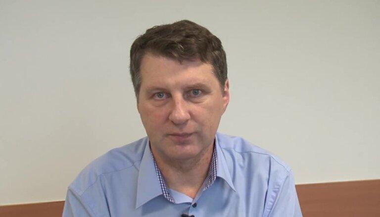 Video: Prezidents uzrunā jauno valdību; Straujuma nesola vieglas dienas