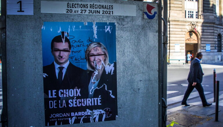 Francijas reģionālajās vēlēšanās vadībā republikāņi, Lepēnai un Makronam vāji rezultāti