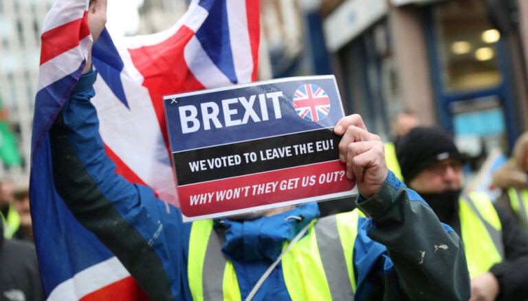 Газета сообщила о возможной отсрочке Brexit на два года