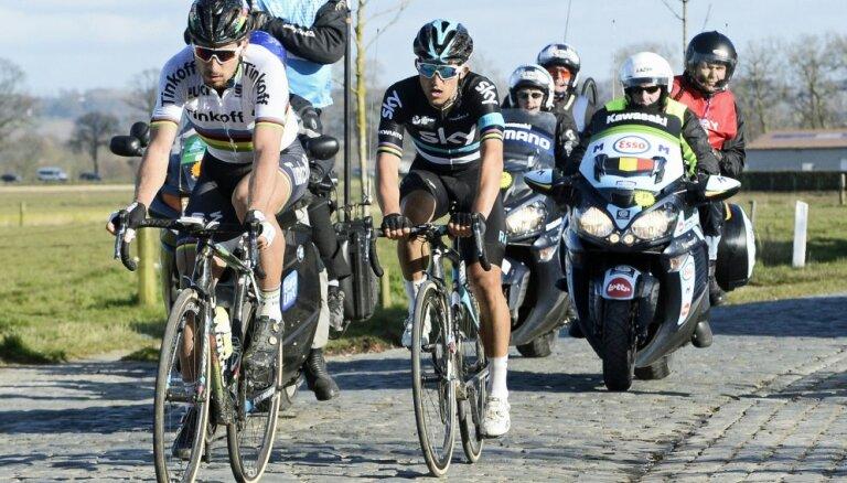 Во время соревнований в Бельгии заблудившегося гонщика приютил прохожий