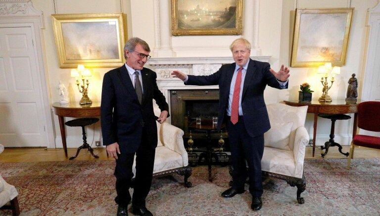 EP prezidents apšauba Džonsona vēlmi panākt jaunu 'Brexit' vienošanos