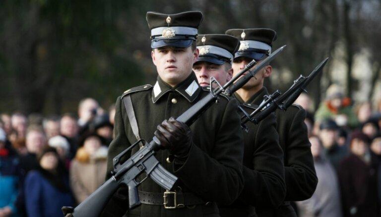 Вейонис улетит в Париж и пропустит военный парад в День Лачплесиса