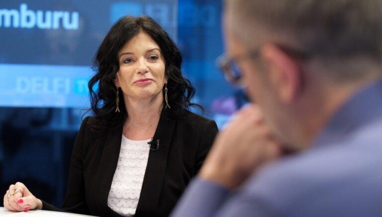 'Delfi TV ar Jāni Domburu' viesojas labklājības ministra amatam virzītā Petraviča. Pilns sarunas teksts