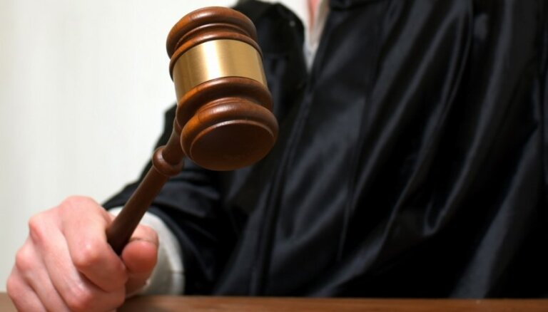 Senāts ST lūdz vērtēt 'pilsonības referenduma' lietu (16:06)