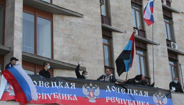 Doņeckas separātisti divu mēnešu laikā mobilizējuši 2,3 tūkstošus cilvēku