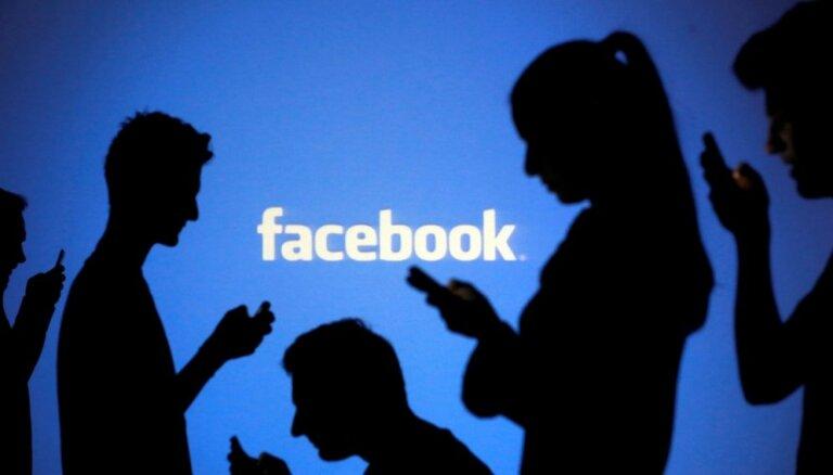 'Facebook' piekrīt Lielbritānijā maksāt sodu saistībā ar 'Cambridge Analytica' skandālu