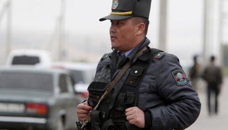 Nedēļu pirms vēlēšanām autoavārijā iet bojā Kirgizstānas vicepremjers
