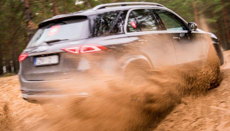 Populārākās nominācijas konkursā 'Latvijas Gada auto 2020' ir apvidus auto klases