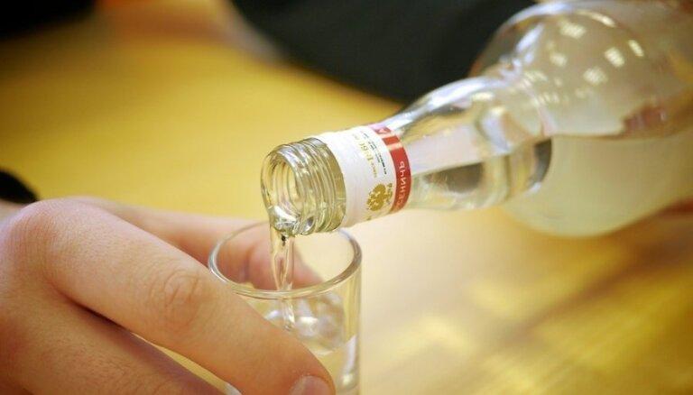 VID: Alkoholu var lietot, tikai patērējot; 'šmigas' noma nav iespējama