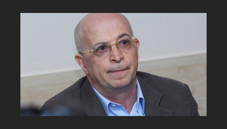 Krasovickim neizdodas panākt tiesvedību par licences anulēšanu 'Parex'