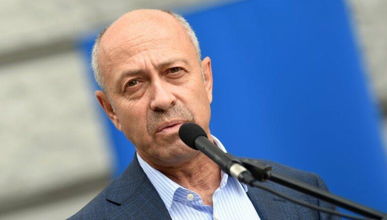 """Политик """"Согласия"""" пожаловался в KNAB на золотые часы Бурова"""