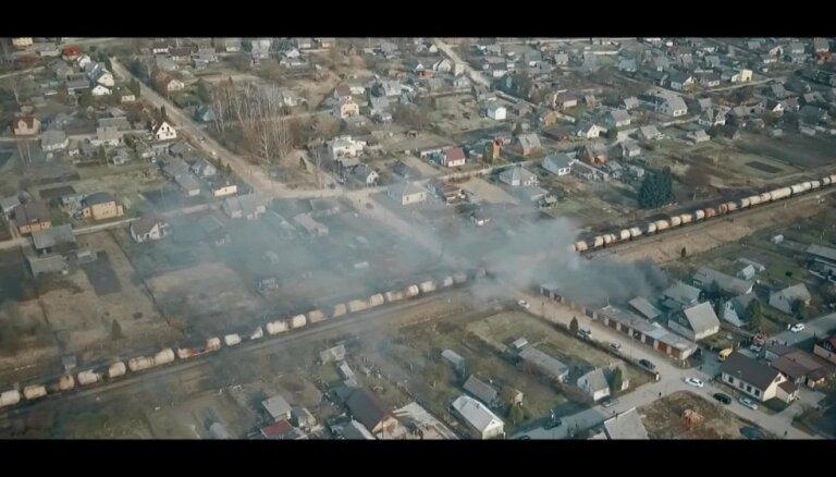 Drona video: Uguns posta šķūni pie dzelzceļa Līvānos