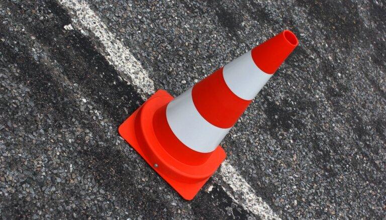 Пробки и ремонт: сегодня во второй половине дня выезд из Риги будет затруднен