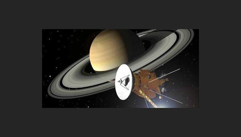 ВИДЕО. Грустный финал 13-летней миссии Cassini: станция утонула в атмосфере Сатурна