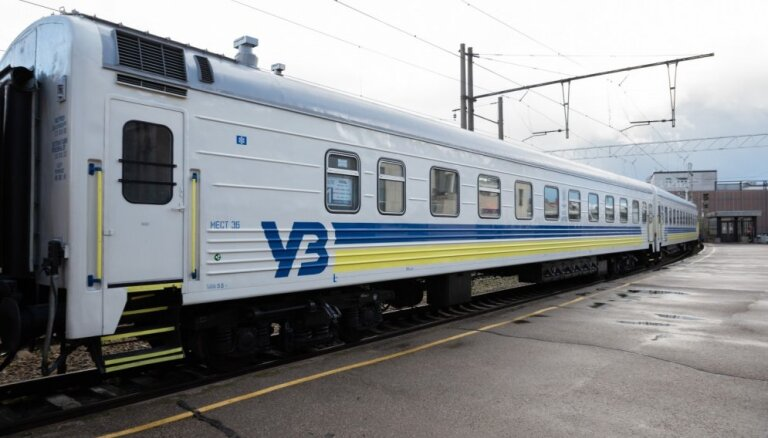 Латвийские международные поезда работают с убытками свыше 8 млн евро