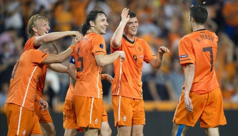 Объявлен состав сборной Голландии на Евро-2012