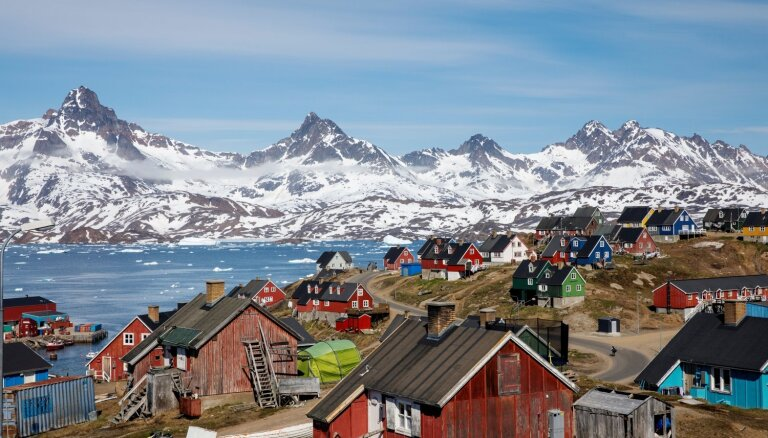 Dānijas politiķi Trampa interesi par Grenlandes pirkšanu uztver kā joku