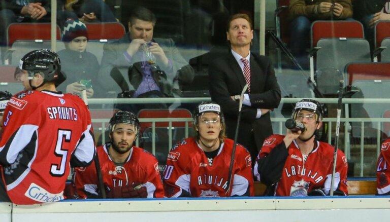Beļavskis atskaita trīs hokejistus un nosauc Latvijas izlases sastāvu mačiem pret Norvēģiju