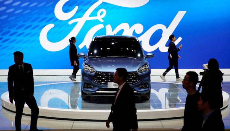 'Ford' peļņa trešajā ceturksnī nokritusies par 57%