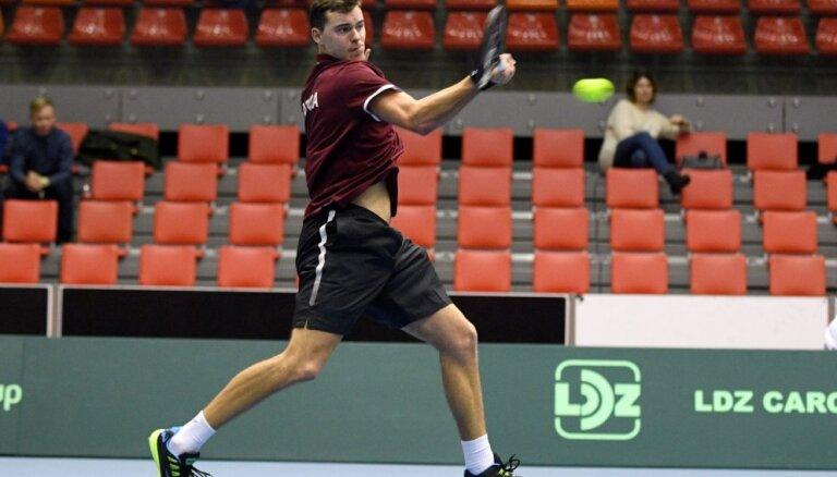 Podžus uzvar ITF M-25 sērijas dubultspēļu turnīrā Austrijā