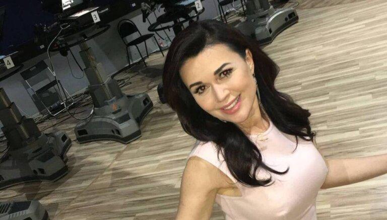 Почему Анастасия Заворотнюк скрывала беременность