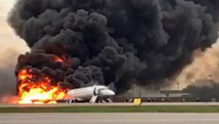 В Шереметьево сгорел пассажирский лайнер; 41 погибший, в том числе дети