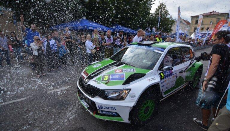 Foto: Ralfs Sirmacis izcīna dramatisku uzvaru ERČ posmā 'Rally Estonia'