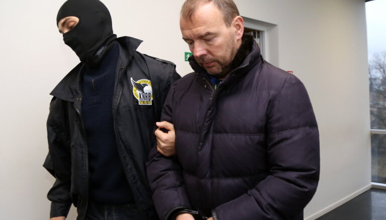 Суд санкционировал арест предпринимателя Мариса Мартинсонса