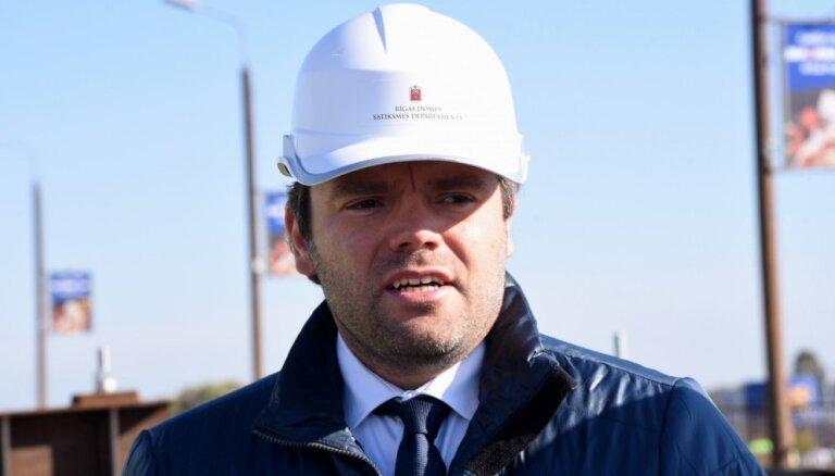 Rīgas domes opozīcija mēģinās atlaist Jakrinu